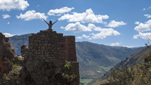 Sacred Valley Yoga on Pisaq tower CLC